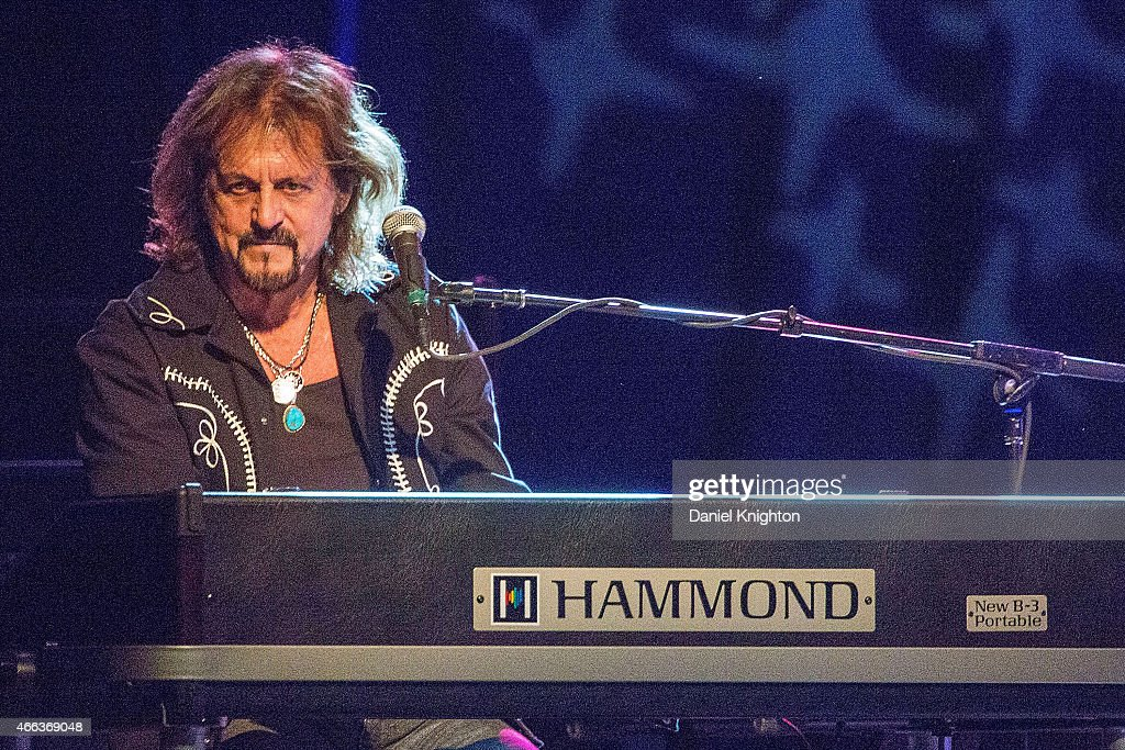 Musician Gregg Rolie performs on stage with Ringo Starr & His All-Starr Band at Pala Casino on March 14, 2015 in Pala, California.