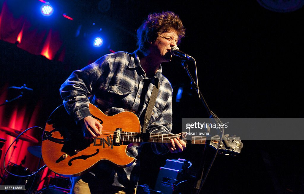 Musician Ian O'Neil of Deer Tick performs at Brooklyn Bowl on December 5, 2012 in New York City.