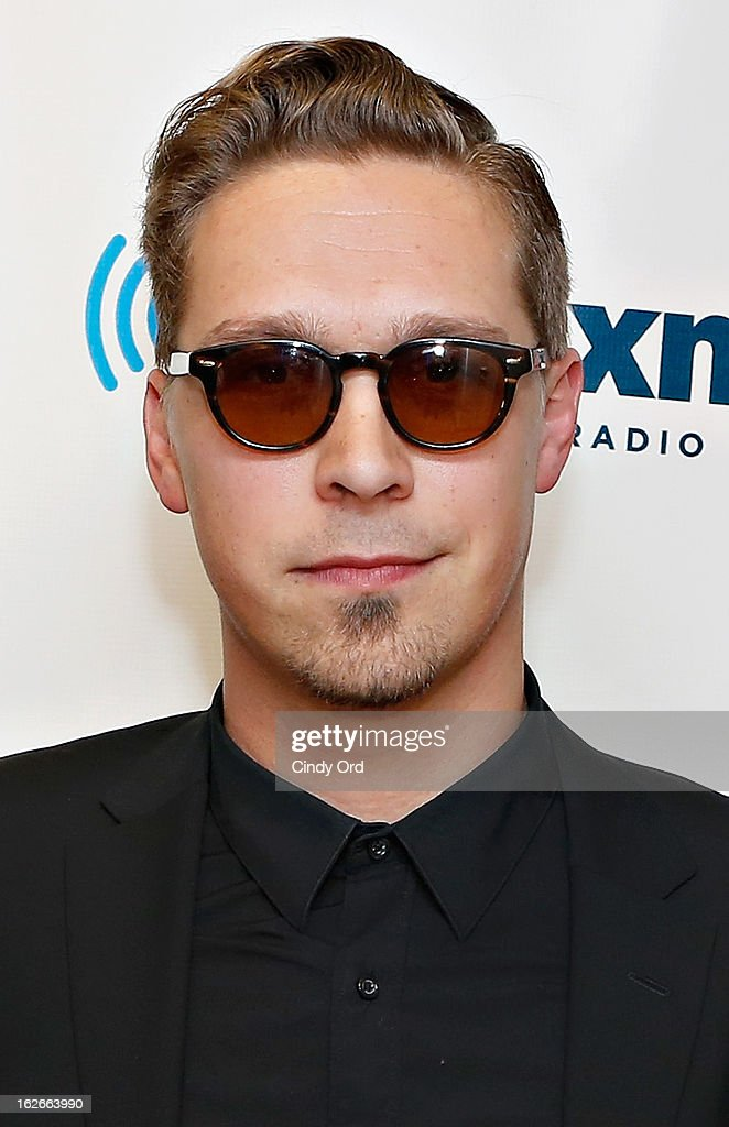 Musician <a gi-track='captionPersonalityLinkClicked' href=/galleries/search?phrase=Isaac+Hanson&family=editorial&specificpeople=213257 ng-click='$event.stopPropagation()'>Isaac Hanson</a> of Hanson visits the SiriusXM Studios on February 25, 2013 in New York City.