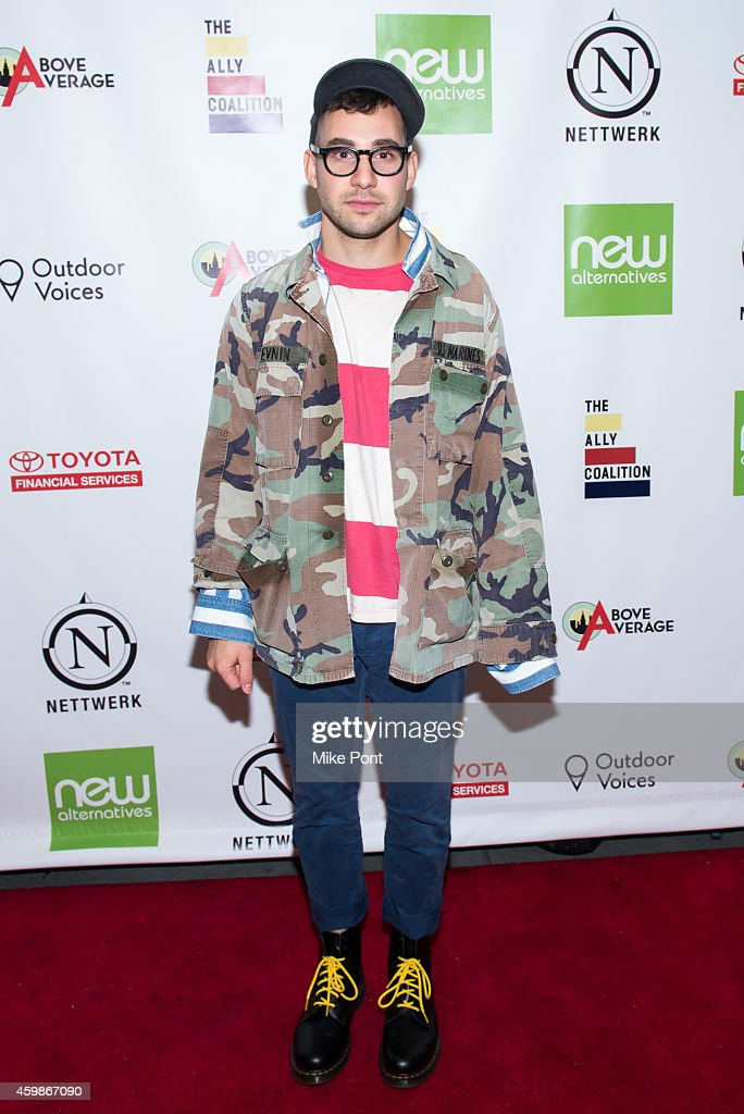 2014 Ally Coalition's Talent Show - Arrivals