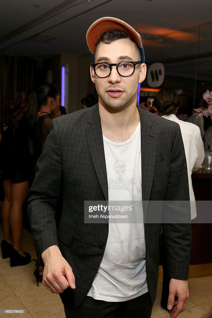 Musician <a gi-track='captionPersonalityLinkClicked' href=/galleries/search?phrase=Jack+Antonoff&family=editorial&specificpeople=2565373 ng-click='$event.stopPropagation()'>Jack Antonoff</a> attends the Warner Music Group annual GRAMMY celebration on January 26, 2014 in Los Angeles, California.