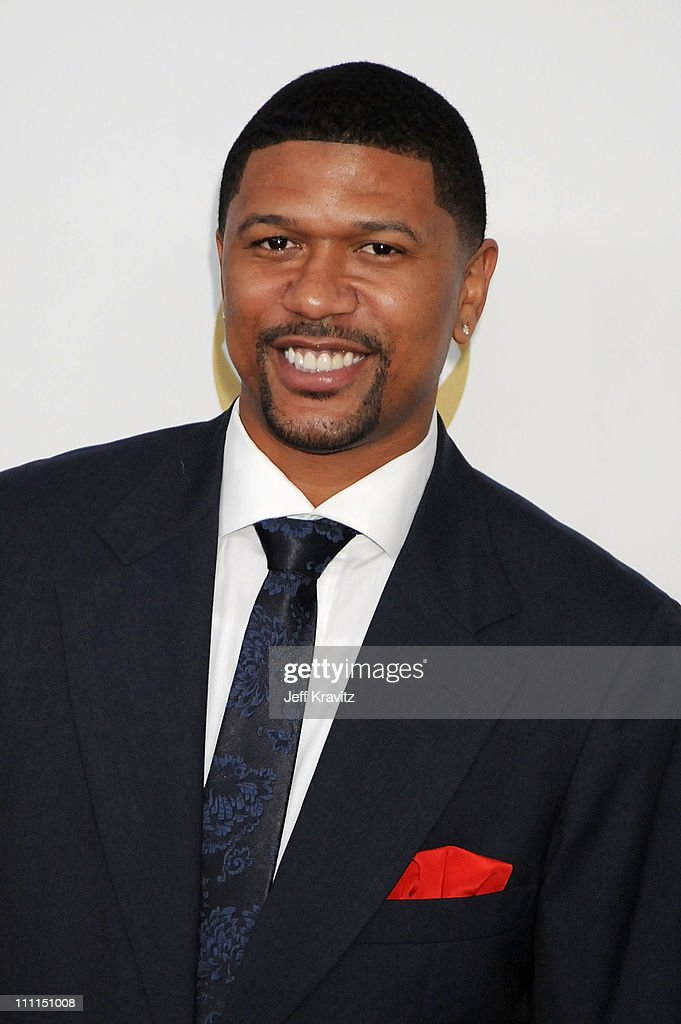 Musician <a gi-track='captionPersonalityLinkClicked' href=/galleries/search?phrase=Jalen+Rose&family=editorial&specificpeople=201704 ng-click='$event.stopPropagation()'>Jalen Rose</a> arrives to the Grammy Nominations Concert LIVE! held at the Nokia Theatre L.A. LIVE on December 3, 2008 in Los Angeles, California.