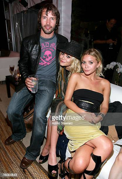 Musician James Blunt Mary Kate Olsen and Ashley Olsen attend the Hampton Social @ Ross Concert by James Taylor at the Ross School on August 11 2007...