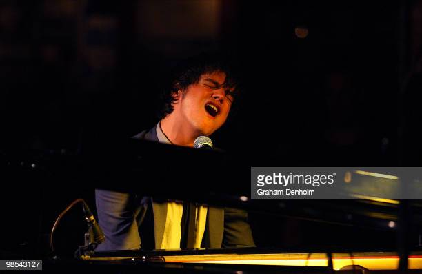 Musician Jamie Cullum performs at The Basement on April 19 2010 in Sydney Australia
