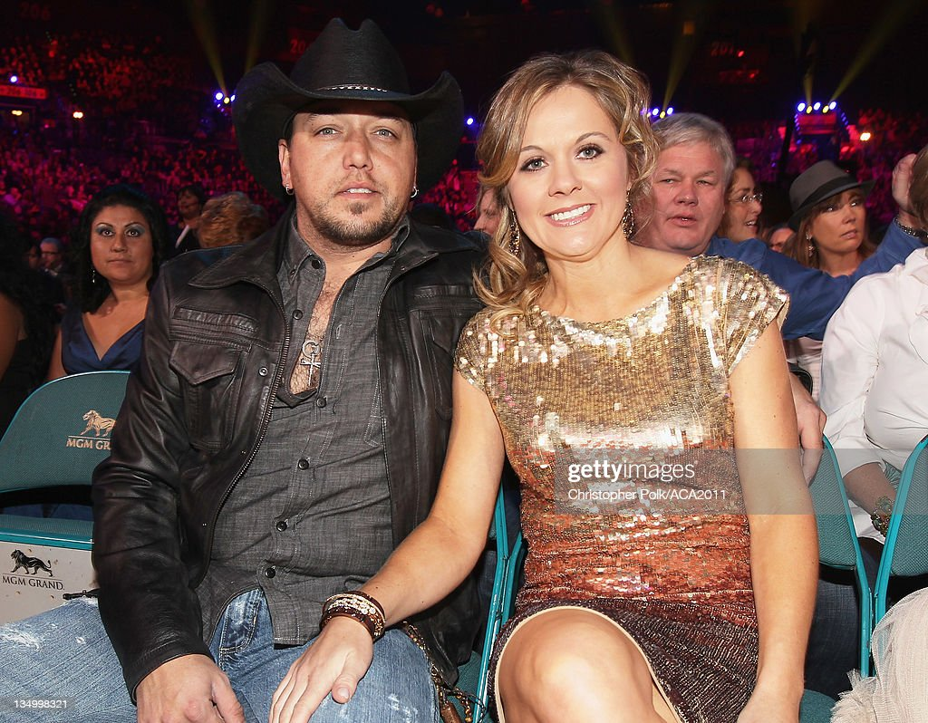 Musician <a gi-track='captionPersonalityLinkClicked' href=/galleries/search?phrase=Jason+Aldean&family=editorial&specificpeople=619221 ng-click='$event.stopPropagation()'>Jason Aldean</a> (L) and Jessica Aldean attends the American Country Awards 2011 at the MGM Grand Garden Arena on December 5, 2011 in Las Vegas, Nevada.