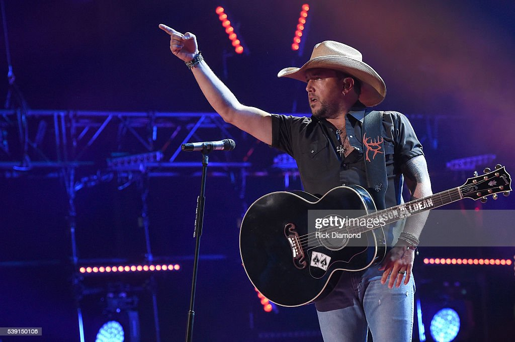 2016 CMA Music Festival - Day 1