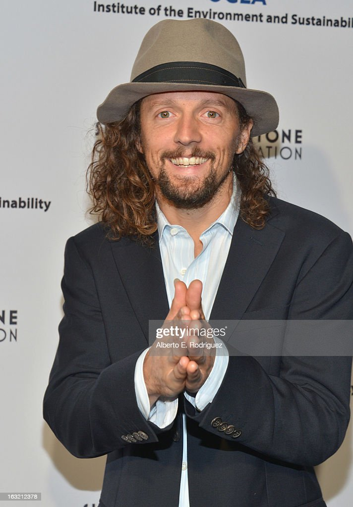 Musician <a gi-track='captionPersonalityLinkClicked' href=/galleries/search?phrase=Jason+Mraz&family=editorial&specificpeople=206684 ng-click='$event.stopPropagation()'>Jason Mraz</a> attends the UCLA Institute Of The Environment And Sustainability's 2nd Annual Evening Of Environmental Excellence on March 5, 2013 in Beverly Hills, California.