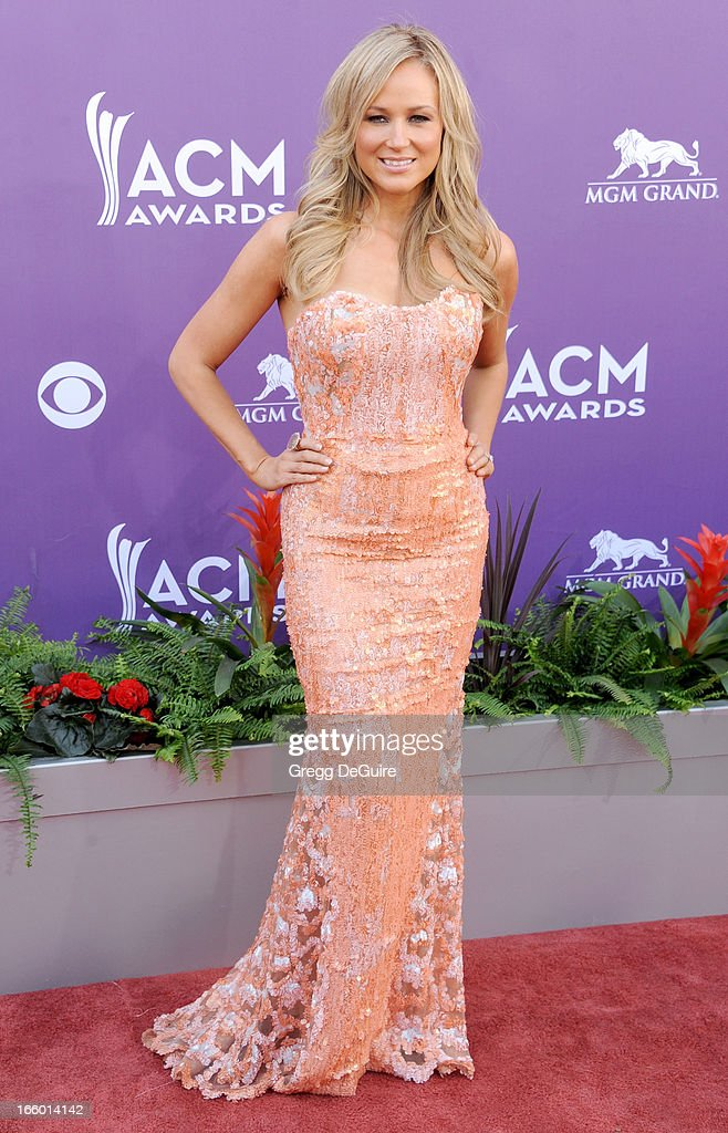 Musician Jewel arrives at the 48th Annual Academy Of Country Music Awards at MGM Grand Garden Arena on April 7, 2013 in Las Vegas, Nevada.