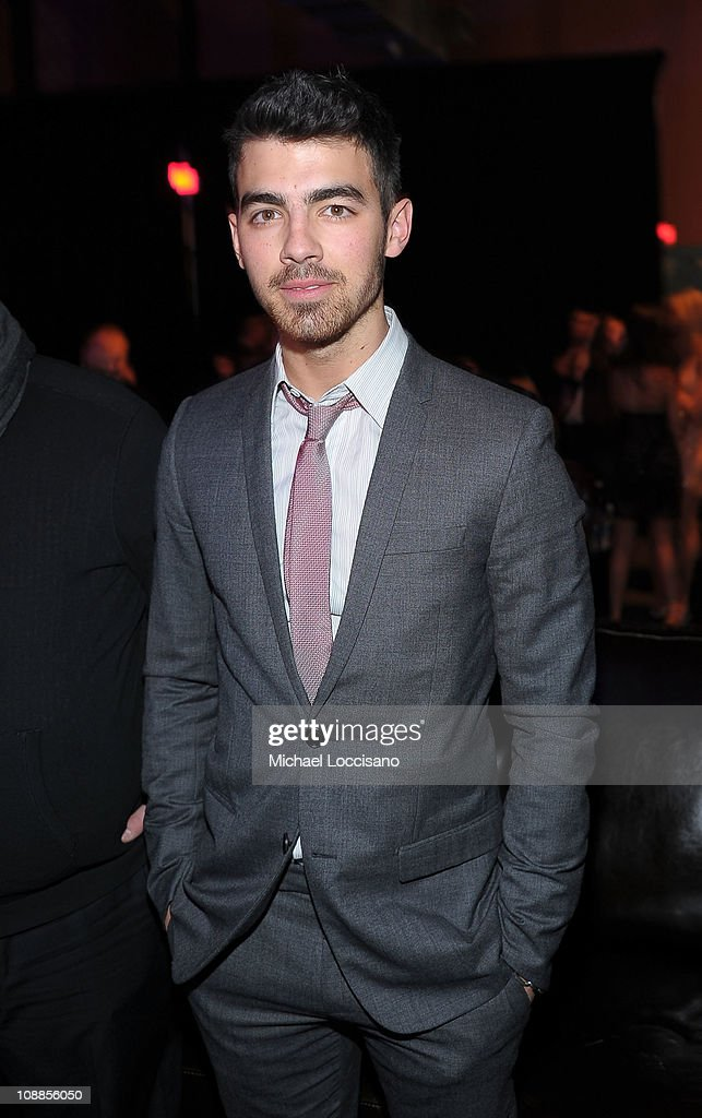 Musician <a gi-track='captionPersonalityLinkClicked' href=/galleries/search?phrase=Joe+Jonas&family=editorial&specificpeople=842712 ng-click='$event.stopPropagation()'>Joe Jonas</a> attends the Maxim Party Powered by Motorola Xoom at Centennial Hall at Fair Park on February 5, 2011 in Dallas, Texas.