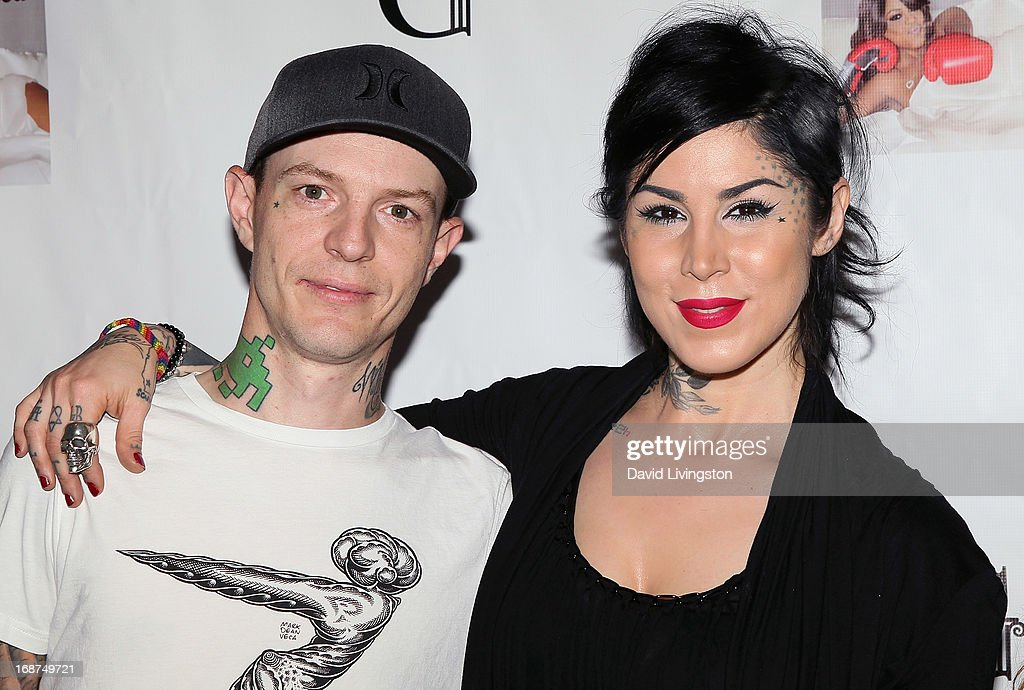Musician Joel Zimmerman aka deadmaus (L) and TV personality <a gi-track='captionPersonalityLinkClicked' href=/galleries/search?phrase=Kat+Von+D&family=editorial&specificpeople=542668 ng-click='$event.stopPropagation()'>Kat Von D</a> attend a Niecy Nash signing for her book 'It's Hard to Fight Naked' at the Luxe Rodeo Drive Hotel on May 14, 2013 in Beverly Hills, California.