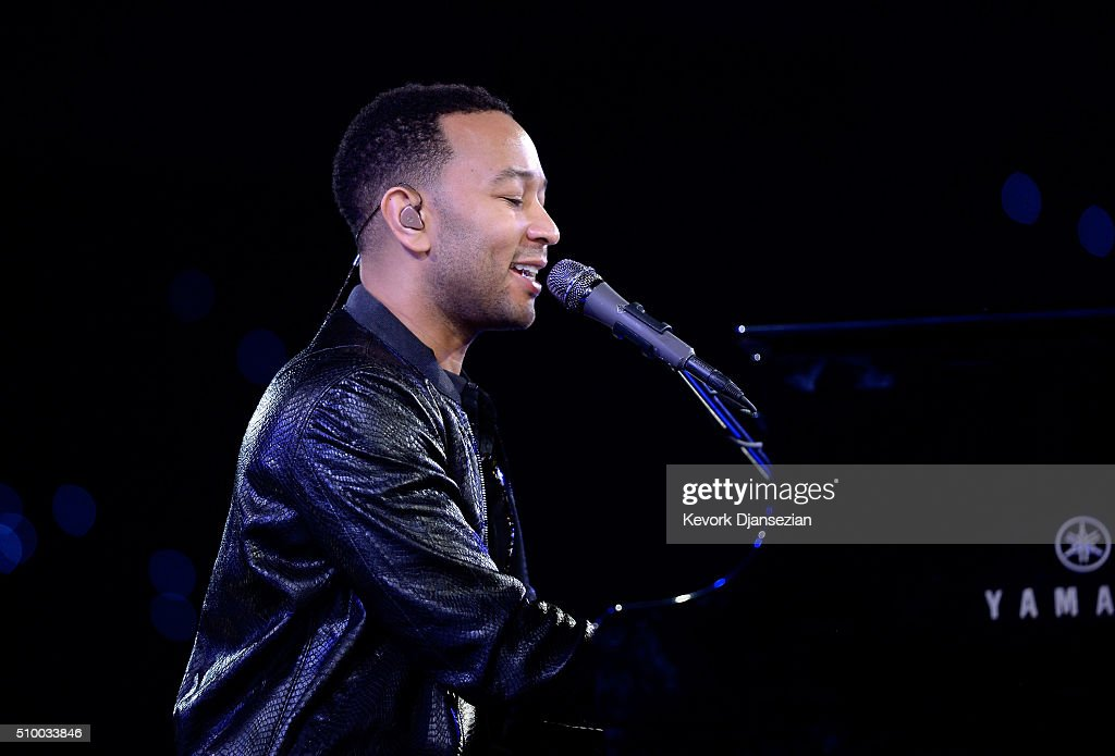 Musician <a gi-track='captionPersonalityLinkClicked' href=/galleries/search?phrase=John+Legend&family=editorial&specificpeople=201468 ng-click='$event.stopPropagation()'>John Legend</a> rehearses onstage during the 2016 MusiCares Person Of The Year honoring Lionel Richie at Los Angeles Convention Center on February 13, 2016 in Los Angeles City.