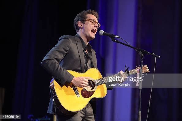 Musician John Mayer performs at the 'Cool Comedy Hot Cuisine' To Benefit The Scleroderma Research Foundation benefit at the Beverly Wilshire Four...