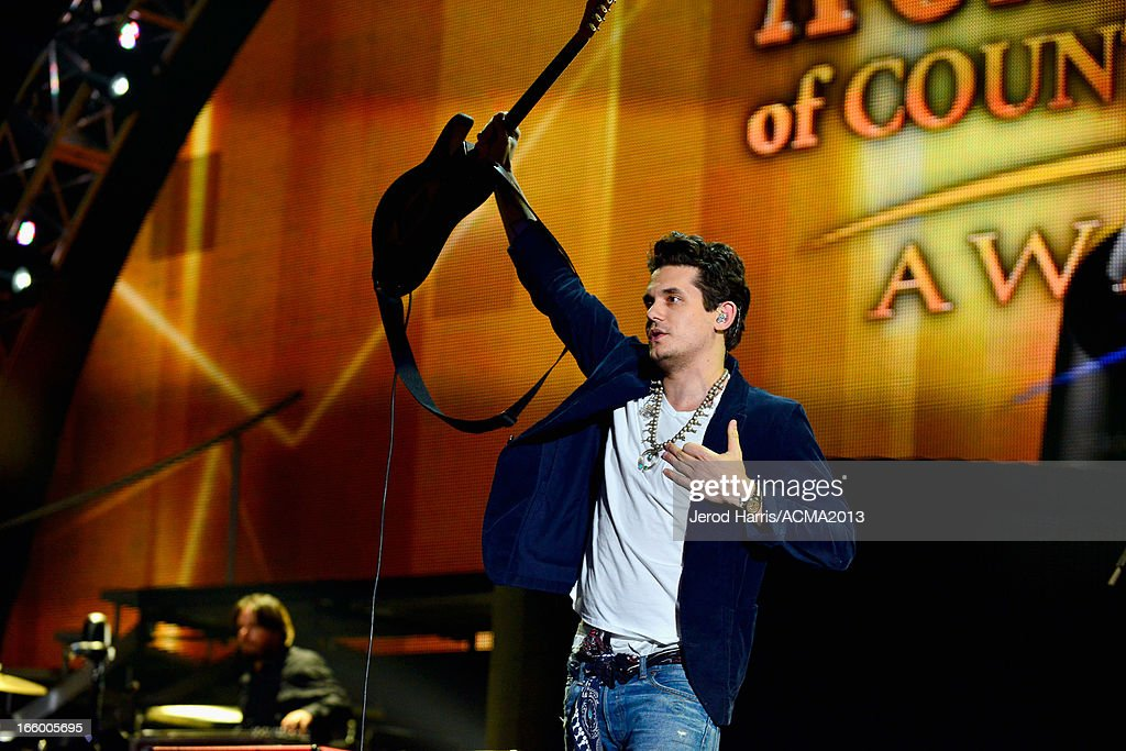 Musician <a gi-track='captionPersonalityLinkClicked' href=/galleries/search?phrase=John+Mayer&family=editorial&specificpeople=201930 ng-click='$event.stopPropagation()'>John Mayer</a> performs onstage during the 48th Annual Academy Of Country Music Awards - ACM Fan Jam at Orelans Arena on April 7, 2013 in Las Vegas, Nevada.