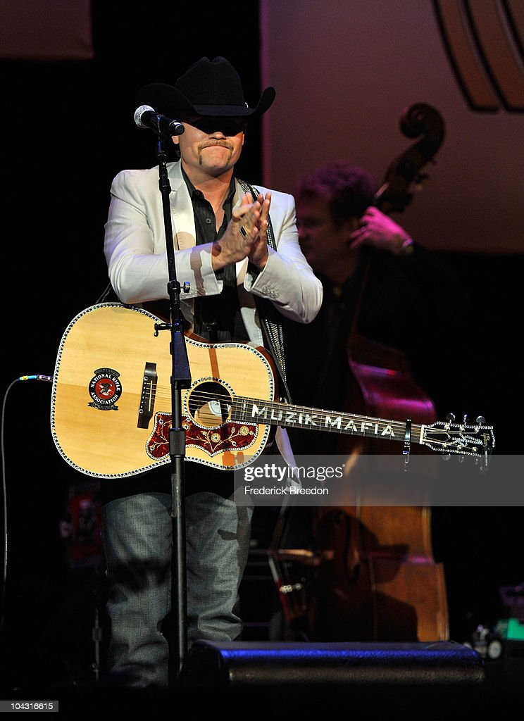 Musician <a gi-track='captionPersonalityLinkClicked' href=/galleries/search?phrase=John+Rich+-+Singer&family=editorial&specificpeople=211184 ng-click='$event.stopPropagation()'>John Rich</a> performs during the 4th Annual ACM Honors at the Ryman Auditorium on September 20, 2010 in Nashville, Tennessee.