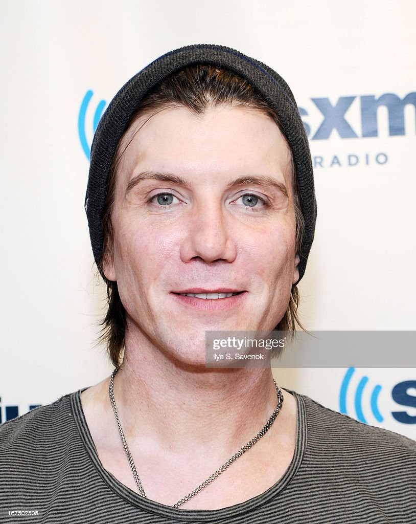 Musician John Rzeznik of the band Goo Goo Dolls visits the SiriusXM Studios on April 25, 2013 in New York City.