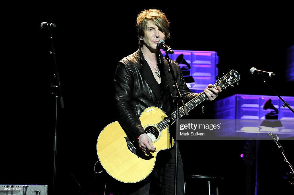 Musician John Rzeznik performs at 'A Song Is Born' the 16th Annual GRAMMY Foundation Legacy Concert held at the Wilshire Ebell Theater on January 23...