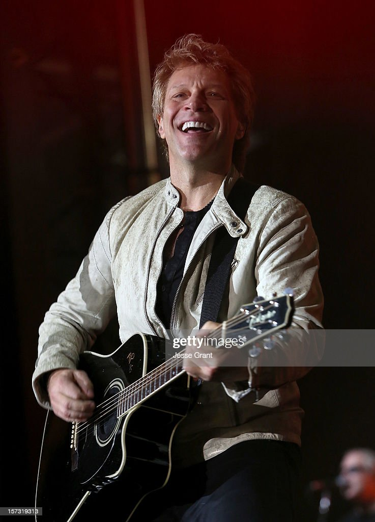 Musician <a gi-track='captionPersonalityLinkClicked' href=/galleries/search?phrase=Jon+Bon+Jovi&family=editorial&specificpeople=201527 ng-click='$event.stopPropagation()'>Jon Bon Jovi</a> performs during the MasterCard Priceless Los Angeles Presents GRAMMY Artists Revealed Featuring Bon Jovi at Paramount Studios on December 1, 2012 in Hollywood, California.