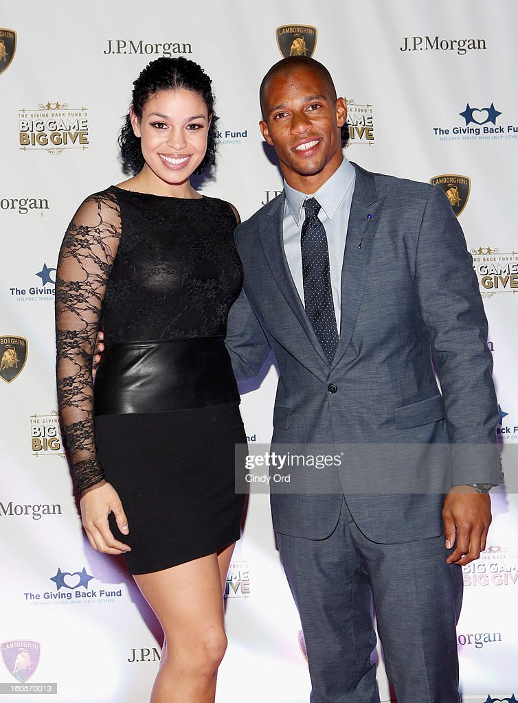 Musician <a gi-track='captionPersonalityLinkClicked' href=/galleries/search?phrase=Jordin+Sparks&family=editorial&specificpeople=4165535 ng-click='$event.stopPropagation()'>Jordin Sparks</a> and NFL player <a gi-track='captionPersonalityLinkClicked' href=/galleries/search?phrase=Victor+Cruz+-+Joueur+de+football+am%C3%A9ricain&family=editorial&specificpeople=8736842 ng-click='$event.stopPropagation()'>Victor Cruz</a> attend The Giving Back Fund's 4th Annual Big Game Big Give Super Bowl Celebration on February 2, 2013 in New Orleans, Louisiana.