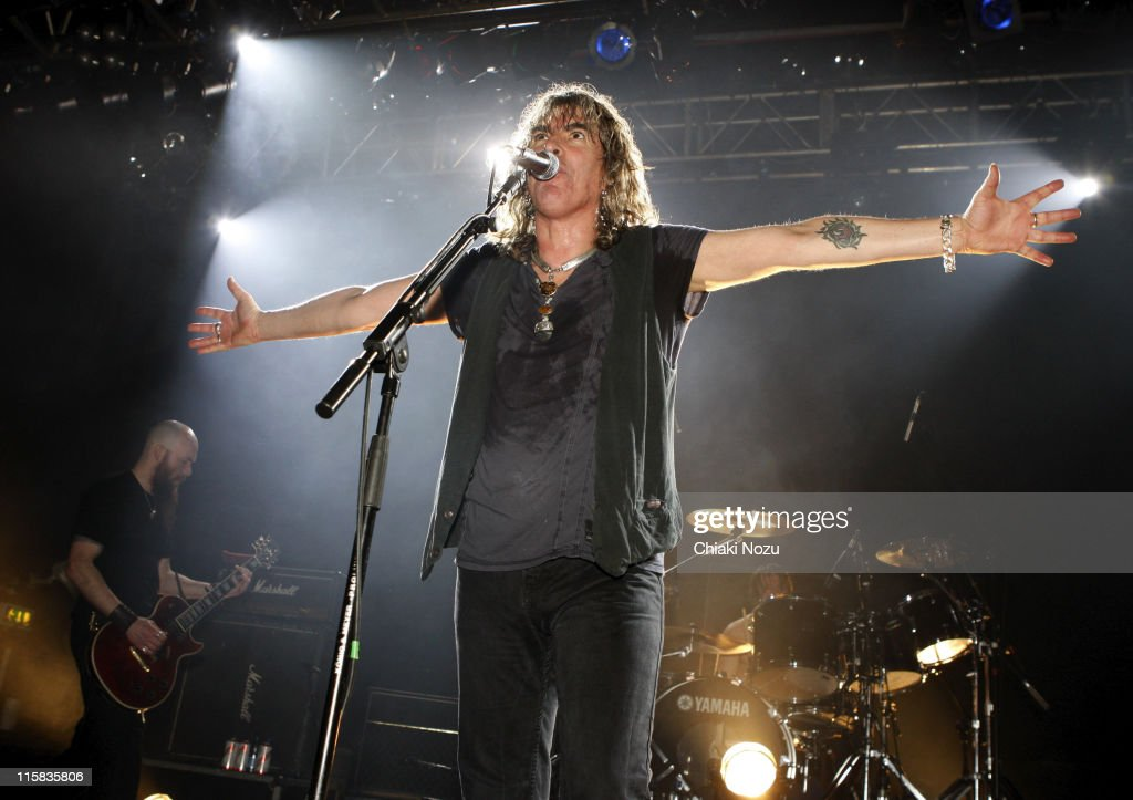 Musician <a gi-track='captionPersonalityLinkClicked' href=/galleries/search?phrase=Justin+Sullivan&family=editorial&specificpeople=4756014 ng-click='$event.stopPropagation()'>Justin Sullivan</a> of New Model Army performs at The Astoria December 20, 2007 in London, England.