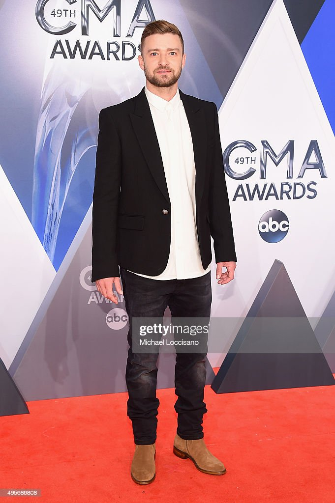 Musician <a gi-track='captionPersonalityLinkClicked' href=/galleries/search?phrase=Justin+Timberlake&family=editorial&specificpeople=157482 ng-click='$event.stopPropagation()'>Justin Timberlake</a> attends the 49th annual CMA Awards at the Bridgestone Arena on November 4, 2015 in Nashville, Tennessee.