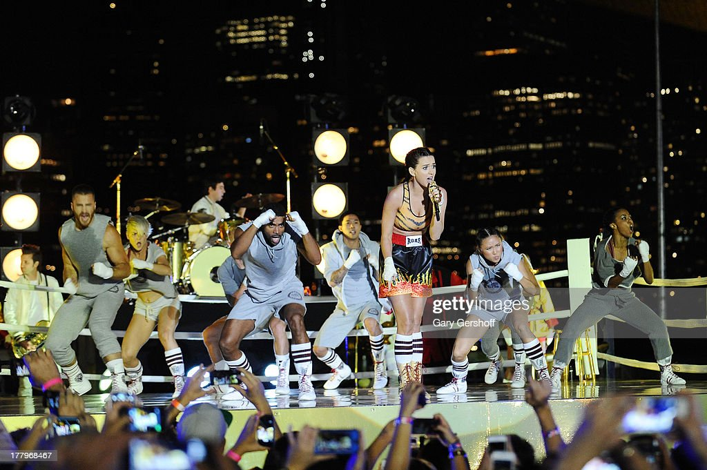 Musician Katy Perry performs during the 2013 MTV Video Music Awards Empire-Fulton Ferry Park on August 25, 2013 in the Brooklyn borough of New York City.