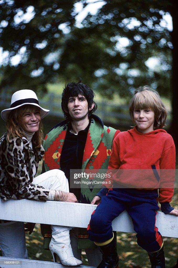 Musician <a gi-track='captionPersonalityLinkClicked' href=/galleries/search?phrase=Keith+Richards+-+Musician&family=editorial&specificpeople=202882 ng-click='$event.stopPropagation()'>Keith Richards</a> of the <a gi-track='captionPersonalityLinkClicked' href=/galleries/search?phrase=Rolling+Stones&family=editorial&specificpeople=85170 ng-click='$event.stopPropagation()'>Rolling Stones</a>, <a gi-track='captionPersonalityLinkClicked' href=/galleries/search?phrase=Anita+Pallenberg&family=editorial&specificpeople=207184 ng-click='$event.stopPropagation()'>Anita Pallenberg</a> and son Marlon are photographed at home in 1977 in Weston, Connecticut.