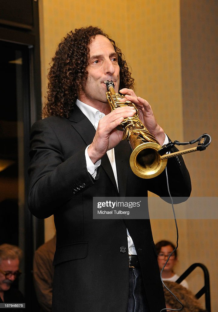 Musician Kenny G performs at a reading of the new Christmas children's book 'ELFBOT' at The Americana at Brand on December 7, 2012 in Glendale, California.