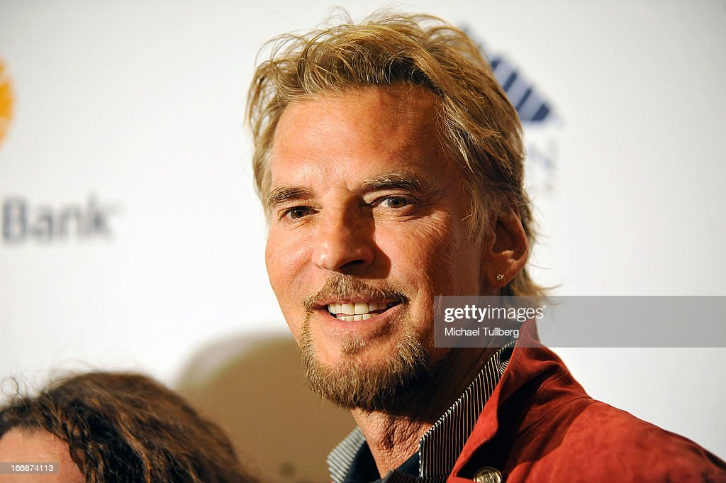 Musician <a gi-track='captionPersonalityLinkClicked' href=/galleries/search?phrase=Kenny+Loggins&family=editorial&specificpeople=640646 ng-click='$event.stopPropagation()'>Kenny Loggins</a> attends 'The Kaleidescope Ball' benefitting The UCLA Children's Discovery And Innovation at Beverly Hills Hotel on April 17, 2013 in Beverly Hills, California.