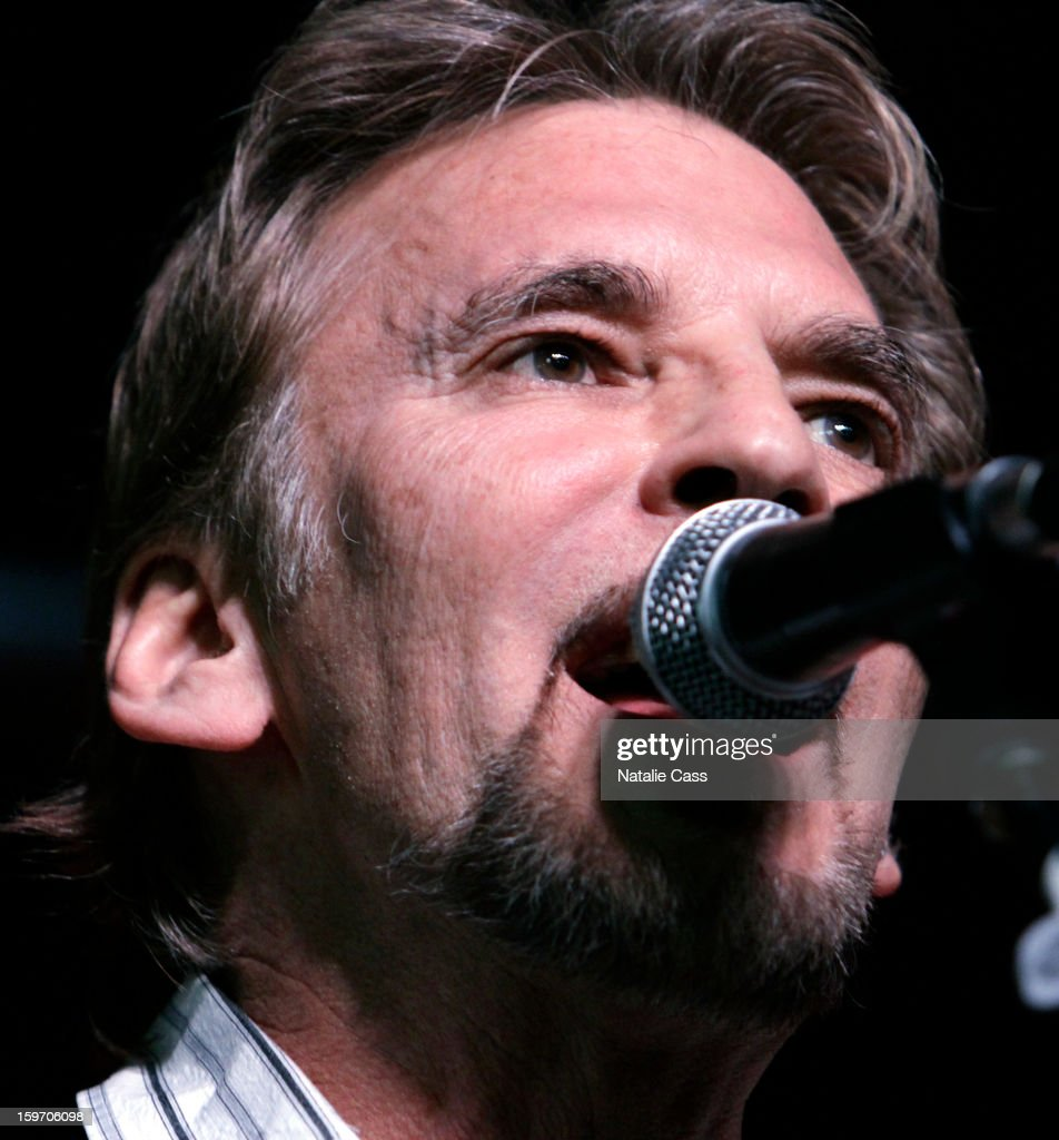 Musician <a gi-track='captionPersonalityLinkClicked' href=/galleries/search?phrase=Kenny+Loggins&family=editorial&specificpeople=640646 ng-click='$event.stopPropagation()'>Kenny Loggins</a> performs on ASCAP Music Cafe Day 1 at Sundance ASCAP Music Cafe during the 2013 Sundance Film Festival on January 18, 2013 in Park City, Utah.