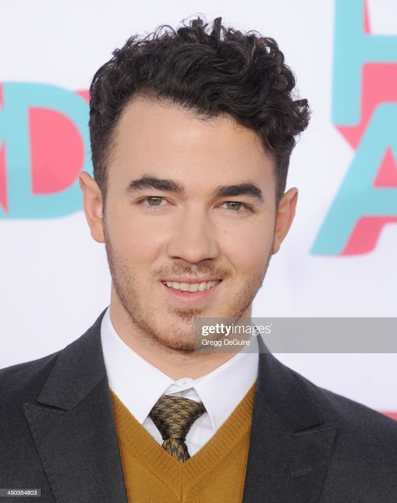 Musician <a gi-track='captionPersonalityLinkClicked' href=/galleries/search?phrase=Kevin+Jonas&family=editorial&specificpeople=709547 ng-click='$event.stopPropagation()'>Kevin Jonas</a> arrives at the 2013 TeenNick HALO Awards at the Hollywood Palladium on November 17, 2013 in Hollywood, California.