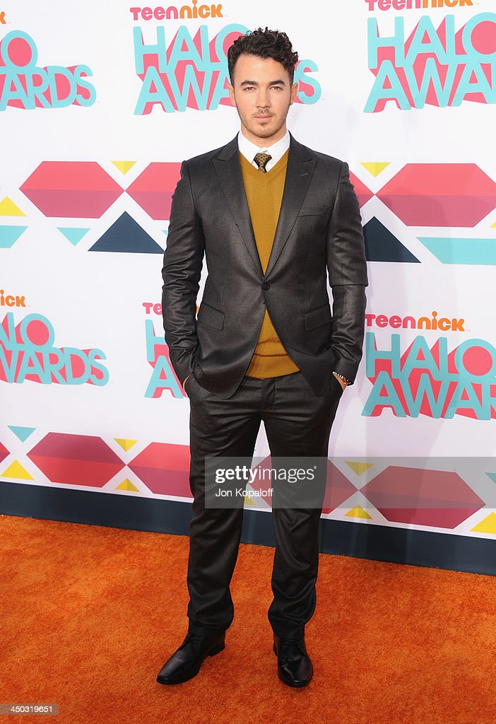 Musician <a gi-track='captionPersonalityLinkClicked' href=/galleries/search?phrase=Kevin+Jonas&family=editorial&specificpeople=709547 ng-click='$event.stopPropagation()'>Kevin Jonas</a> of The Jonas Brothers arrives at the 2013 TeenNick HALO Awards at Hollywood Palladium on November 17, 2013 in Hollywood, California.