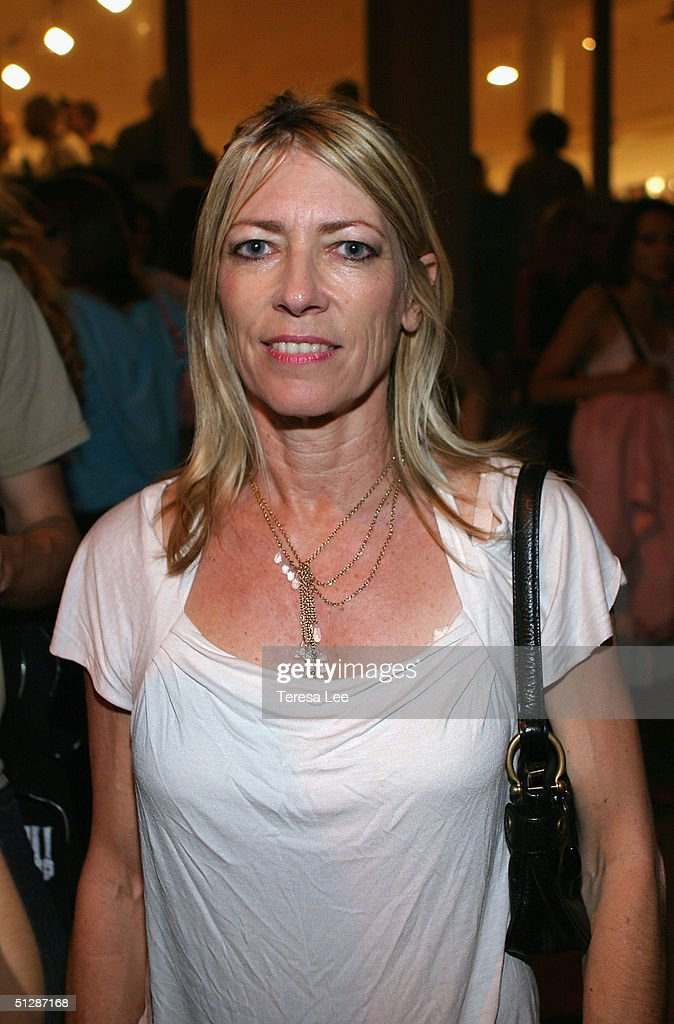 Musician Kim Gordon of the group Sonic Youth attends the Terry Richardson Gallery opening at Deitch September 10, 2004 in New York City.
