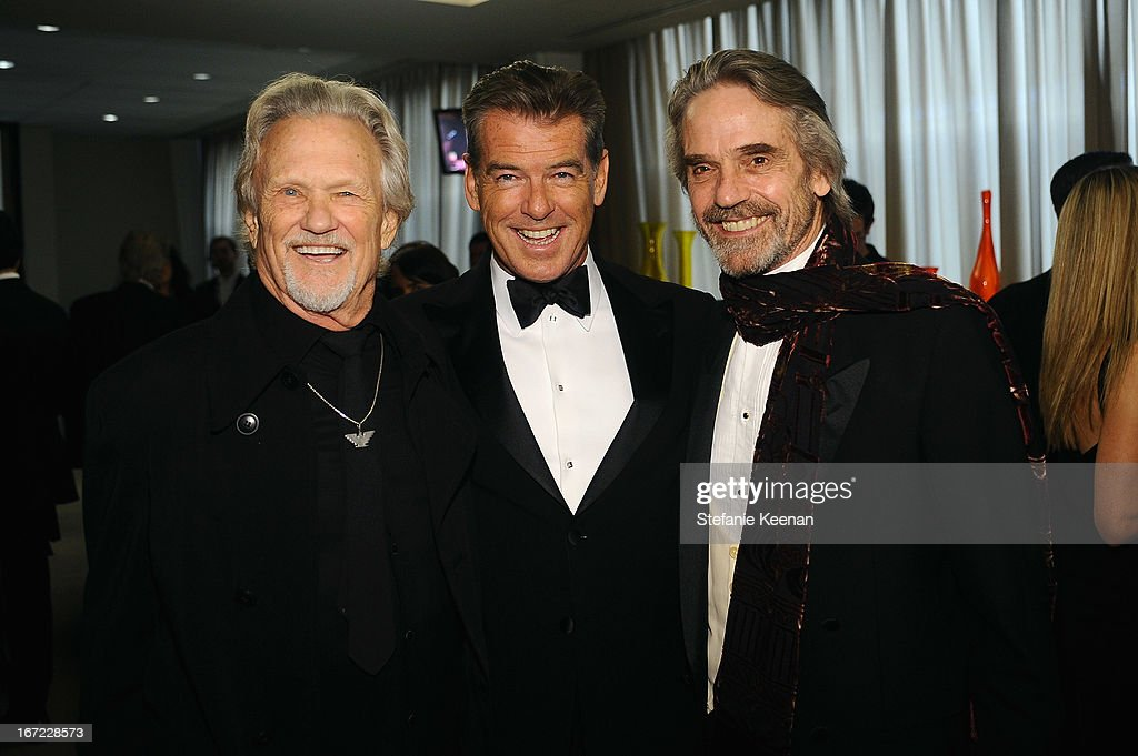 Musician <a gi-track='captionPersonalityLinkClicked' href=/galleries/search?phrase=Kris+Kristofferson&family=editorial&specificpeople=206202 ng-click='$event.stopPropagation()'>Kris Kristofferson</a>, actors <a gi-track='captionPersonalityLinkClicked' href=/galleries/search?phrase=Pierce+Brosnan&family=editorial&specificpeople=194774 ng-click='$event.stopPropagation()'>Pierce Brosnan</a> and <a gi-track='captionPersonalityLinkClicked' href=/galleries/search?phrase=Jeremy+Irons&family=editorial&specificpeople=203309 ng-click='$event.stopPropagation()'>Jeremy Irons</a> attend the Grey Goose cocktail reception of The Film Society of Lincoln Center's 40th Chaplin Award Gala at Avery Fisher Hall, Lincoln Center on April 22, 2013 in New York City.