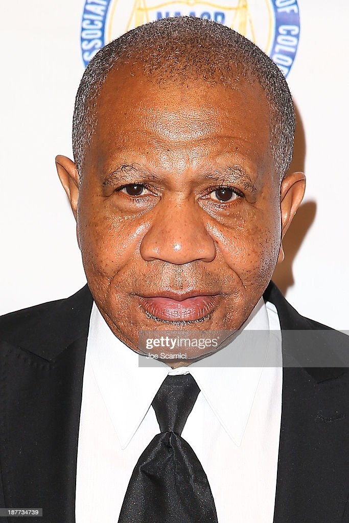 Musician Lenny Willams arrives at the 23rd annual NAACP Theatre Awards at Saban Theatre on November 11, 2013 in Beverly Hills, California.