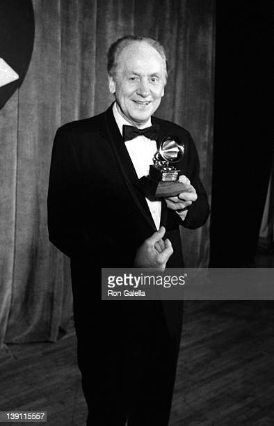 Musician Les Paul attends 25th Annual Grammy Awards on February 23 1983 at the Shrine Auditorium in Los Angeles California