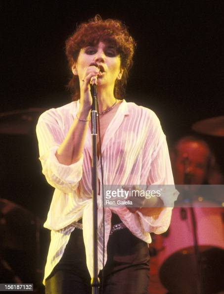 Linda Ronstadt Photos Stock Photos and Pictures | Getty Images