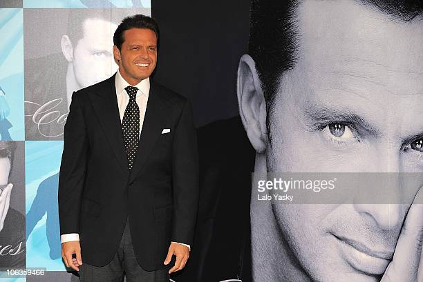 Musician Luis Miguel attends a photocall to promote his new album 'Complices' at the Palace Hotel on May 9 2008 in Madrid Spain