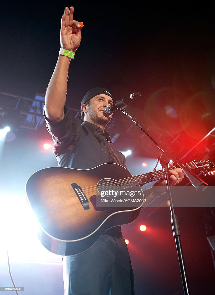 Musician <a gi-track='captionPersonalityLinkClicked' href=/galleries/search?phrase=Luke+Bryan&family=editorial&specificpeople=4001956 ng-click='$event.stopPropagation()'>Luke Bryan</a> performs onstage at the All Star Jam during the 48th Annual Academy Of Country Music Awards at the MGM Grand Hotel/Casino on April 7, 2013 in Las Vegas, Nevada.