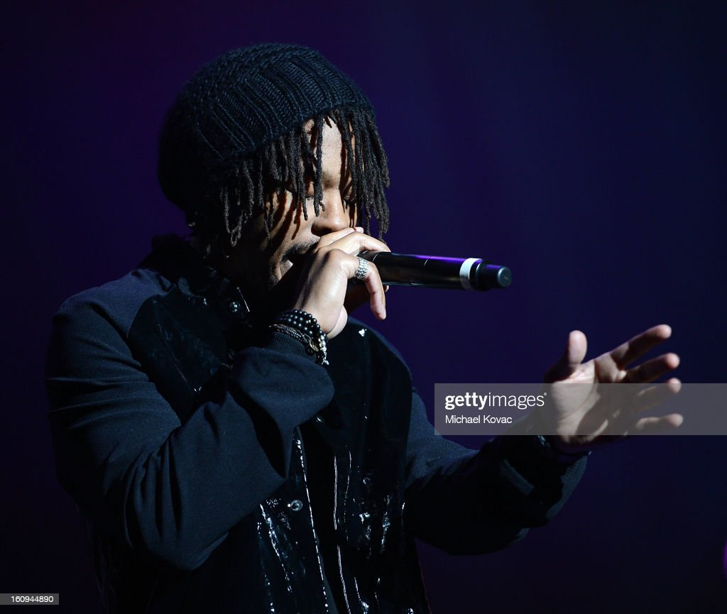 Musician <a gi-track='captionPersonalityLinkClicked' href=/galleries/search?phrase=Lupe+Fiasco&family=editorial&specificpeople=540344 ng-click='$event.stopPropagation()'>Lupe Fiasco</a> performs onstage at the Music Preservation Project 'Play It Forward' on February 7, 2013 in Los Angeles, California.