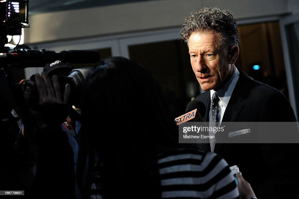 Musician <a gi-track='captionPersonalityLinkClicked' href=/galleries/search?phrase=Lyle+Lovett&family=editorial&specificpeople=213855 ng-click='$event.stopPropagation()'>Lyle Lovett</a> attends the 2013 Riverkeeper's Fishermen's Ball at Pier 60 on April 16, 2013 in New York City.