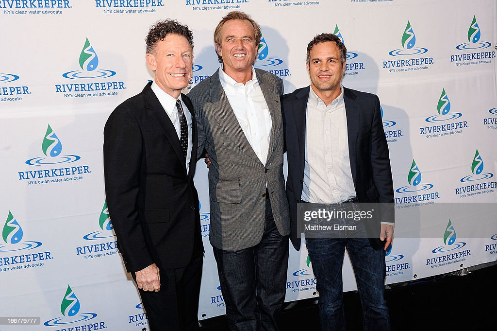 Musician <a gi-track='captionPersonalityLinkClicked' href=/galleries/search?phrase=Lyle+Lovett&family=editorial&specificpeople=213855 ng-click='$event.stopPropagation()'>Lyle Lovett</a>, <a gi-track='captionPersonalityLinkClicked' href=/galleries/search?phrase=Robert+F.+Kennedy+Jr.+-+Environmental+Lawyer&family=editorial&specificpeople=240088 ng-click='$event.stopPropagation()'>Robert F. Kennedy Jr.</a> and actor <a gi-track='captionPersonalityLinkClicked' href=/galleries/search?phrase=Mark+Ruffalo&family=editorial&specificpeople=209317 ng-click='$event.stopPropagation()'>Mark Ruffalo</a> attend the 2013 Riverkeeper's Fishermen's Ball at Pier 60 on April 16, 2013 in New York City.