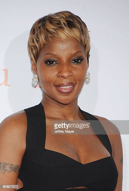 Musician Mary J Blige arrives at AFI FEST 2009 Screening Of Precious Based On The Novel 'PUSH' By Sapphire on November 1 2009 in Hollywood California