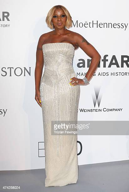 Musician Mary J Blige attends amfAR's 22nd Cinema Against AIDS Gala Presented By Bold Films And Harry Winston at Hotel du CapEdenRoc on May 21 2015...