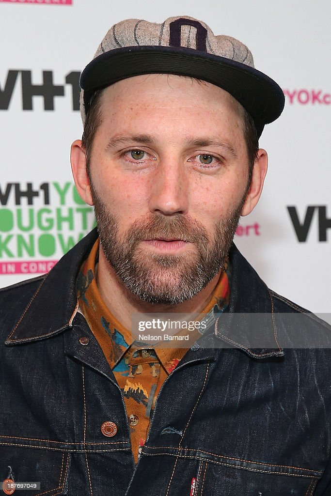 Musician Mat Kearney attends VH1 'You Oughta Know In Concert' 2013 on November 11, 2013 at Roseland Ballroom in New York City.