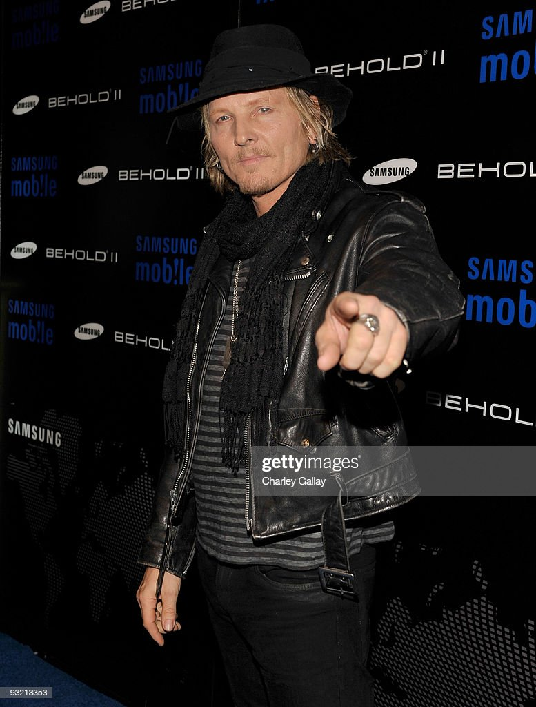 Musician Matt Sorum arrives at the Samsung Behold II launch event at Boulevard3 on November 18, 2009 in Los Angeles, California.