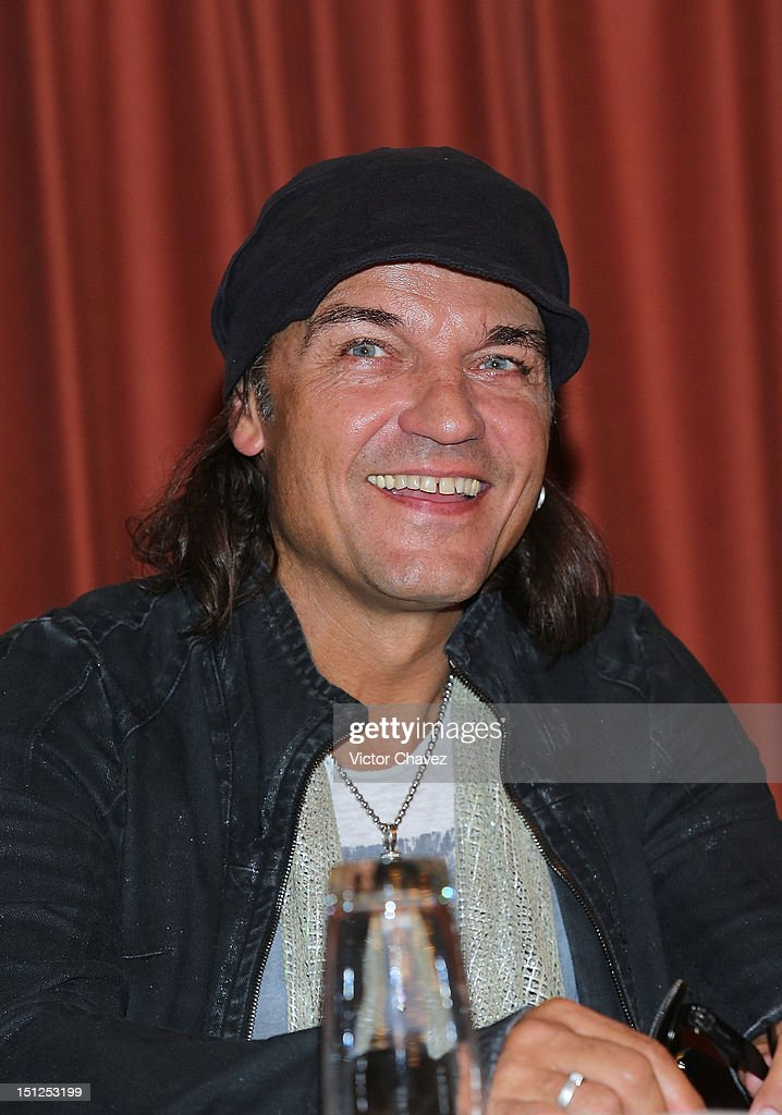 Musician <a gi-track='captionPersonalityLinkClicked' href=/galleries/search?phrase=Matthias+Jabs&family=editorial&specificpeople=710280 ng-click='$event.stopPropagation()'>Matthias Jabs</a> of rock band Scorpions attends a press conference at Nikko hotel on September 4, 2012 in Mexico City, Mexico.