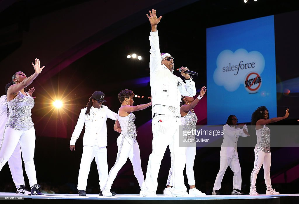 Musician <a gi-track='captionPersonalityLinkClicked' href=/galleries/search?phrase=MC+Hammer&family=editorial&specificpeople=225081 ng-click='$event.stopPropagation()'>MC Hammer</a> performs during the Dreamforce 2012 conference at the Moscone Center on September 19, 2012 in San Francisco, California. A reported 90,000 people registered to attend the cloud computing industry conference Dreamforce 2012 that runs through September 21.