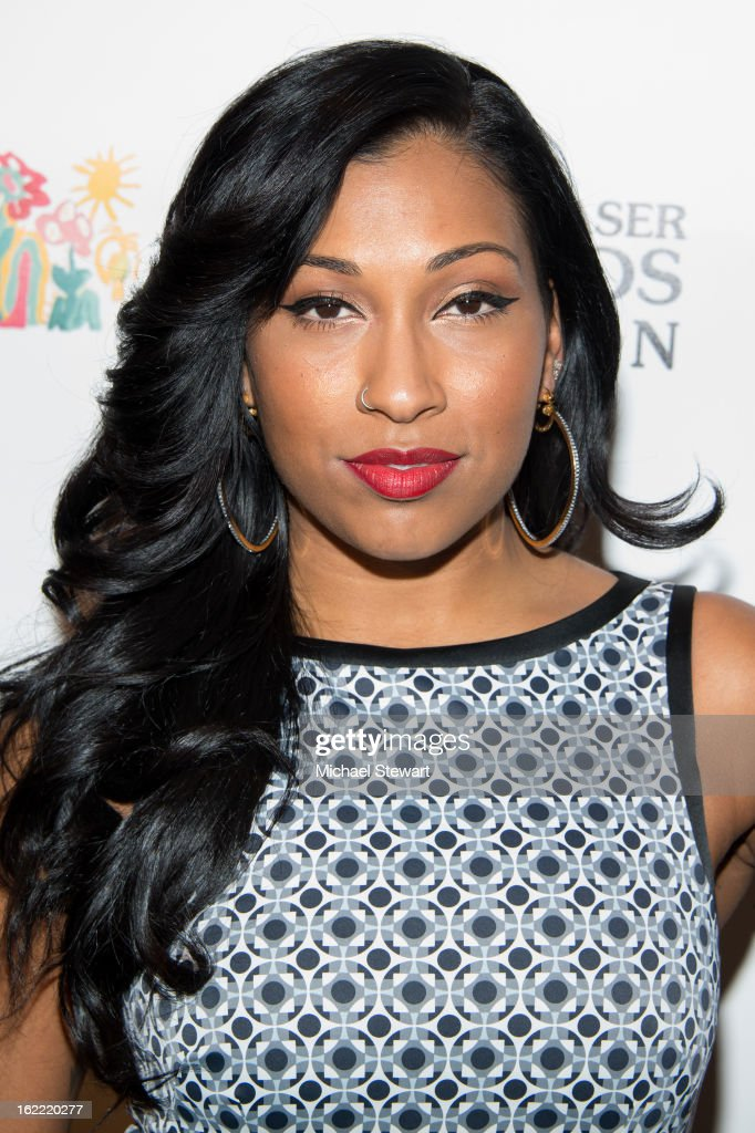 Musician Melanie Fiona attends Global Champions Of A Mother's Fight Awards Dinner at Mandarin Oriental Hotel on February 20, 2013 in New York City.