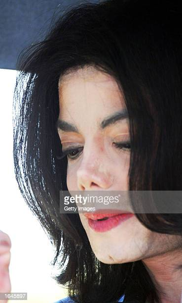Musician Michael Jackson arrives at his civil trial in Santa Maria Superior Court on November 15 2002 in Santa Maria California The singer is being...