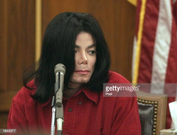 Musician Michael Jackson testifies during his civil trial in Santa Maria Superior Court November 14 2002 in Santa Maria California The artist is...